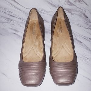 Naturalizer Bronze Leather Ballet Flats